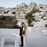Wedding destination in Santorini Greece