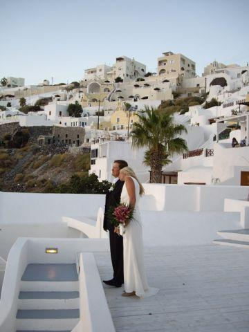 Wedding destination in Santorini  Greece